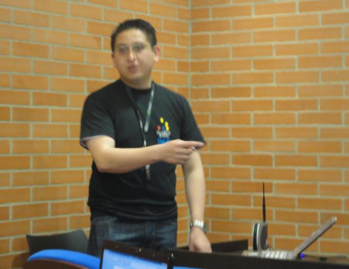 Nicolás Marciales - Wireless Hacking